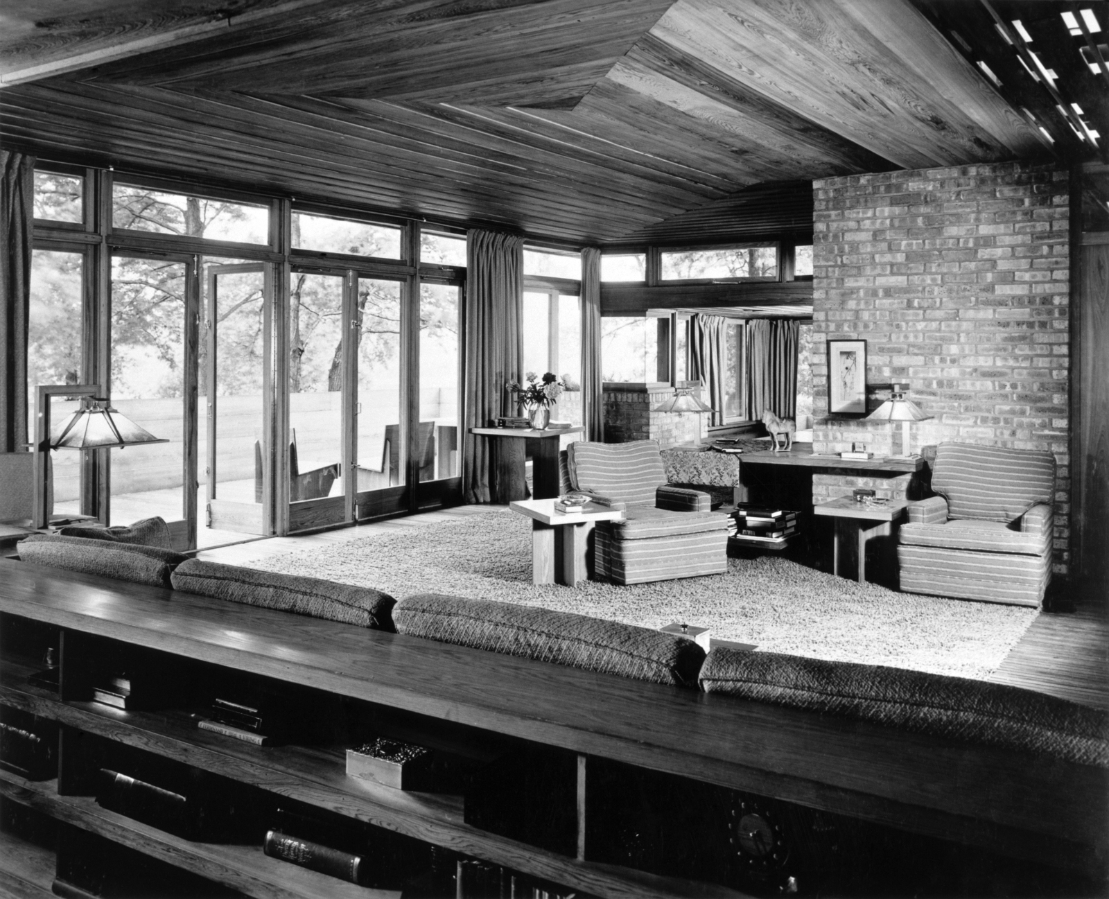 frank lloyd wright architecture of the interior cedar